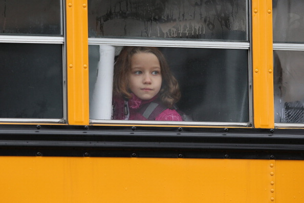 School Bus「Funerals Continue To Be Held For Victims Of CT Elementary School Massacre」:写真・画像(14)[壁紙.com]