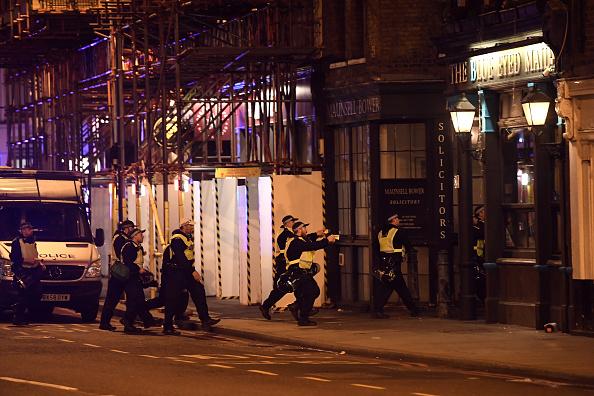 Violence「Police Attend Incident At London Bridge」:写真・画像(18)[壁紙.com]