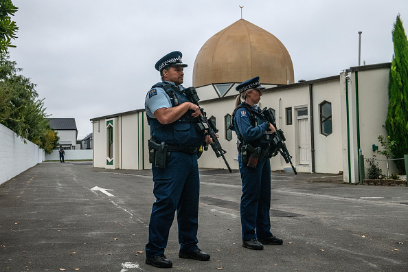 写真「Christchurch Mourns After Worst Mass Shooting In New Zealand's History」:写真・画像(7)[壁紙.com]