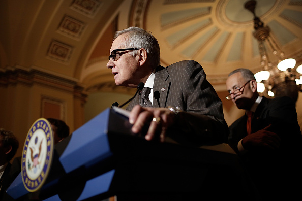 Win McNamee「Senate Lawmakers Address The Media After Their Weekly Policy Luncheons」:写真・画像(9)[壁紙.com]