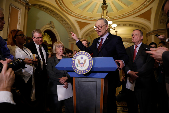 Medium Group Of People「Senate Democrats Address The Media After Their Weekly Policy Luncheon」:写真・画像(12)[壁紙.com]