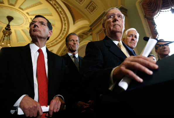 アメリカ共和党「Senate Lawmakers Address The Media After Their Weekly Policy Meetings」:写真・画像(7)[壁紙.com]
