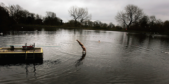 River「Decision On future Of Hampstead Heath Swimming Ponds」:写真・画像(19)[壁紙.com]