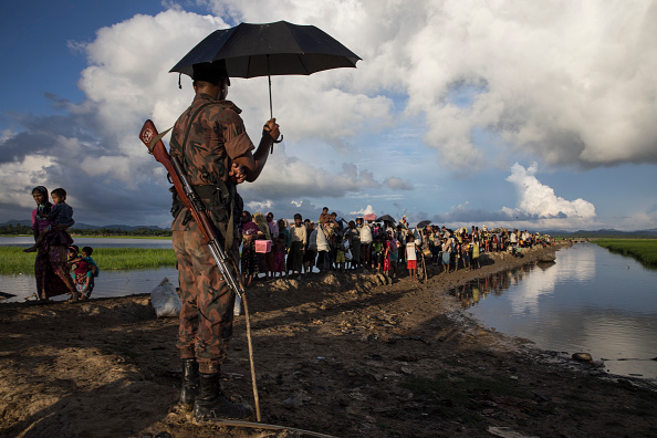 Bestpix「Rohingya Refugees Flood Into Bangladesh」:写真・画像(7)[壁紙.com]