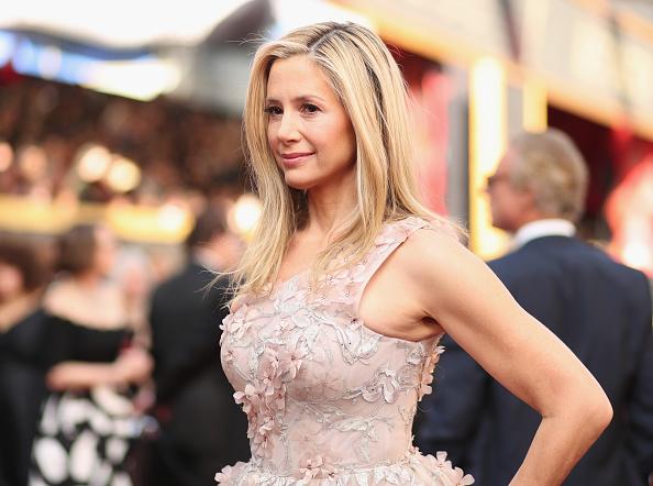 Mira Sorvino「90th Annual Academy Awards - Red Carpet」:写真・画像(12)[壁紙.com]
