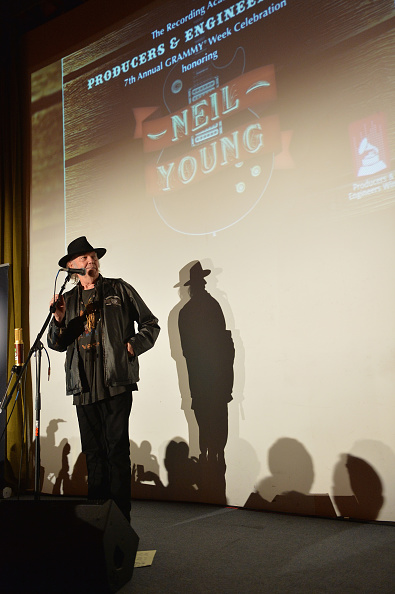 National Academy of Recording Arts and Sciences「The Recording Academy Producers & Engineers Wing Presents 7th Annual GRAMMY Week Event Honoring Neil Young - Inside」:写真・画像(18)[壁紙.com]