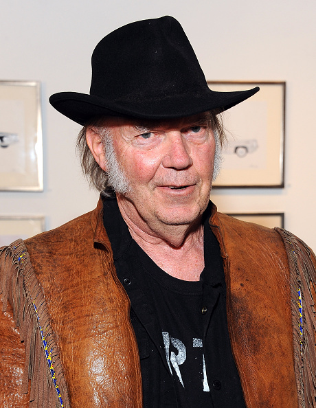 水彩画「Neil Young Opening Night Reception For 'Special Deluxe' Art Exhibition」:写真・画像(16)[壁紙.com]