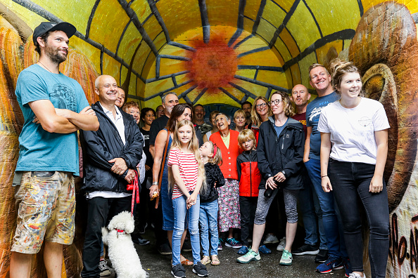 Footpath「Fire-Damaged Tunnel Gets Facelift Thanks to Local Community Volunteers and Cif's Hello Beautiful Neighbourhood Project」:写真・画像(14)[壁紙.com]