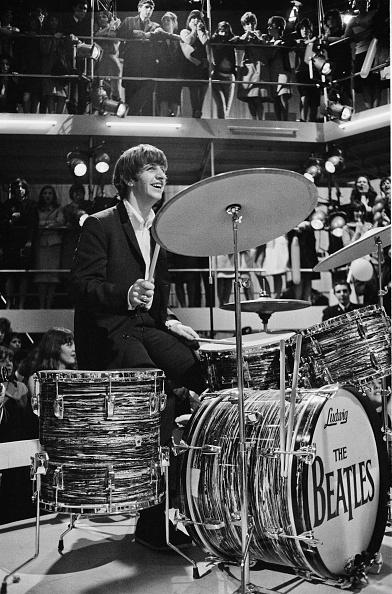 ドラマー「Round The Beatles」:写真・画像(1)[壁紙.com]