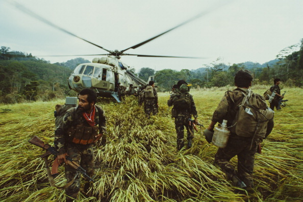 数人「Sandinista Heliborne Operation」:写真・画像(17)[壁紙.com]