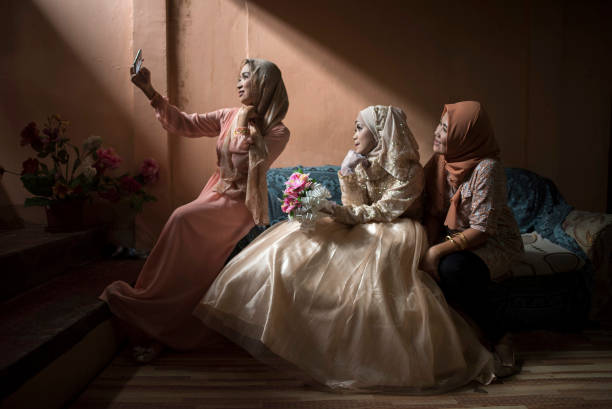 Celebration「A Wedding In Marawi After The Siege」:写真・画像(5)[壁紙.com]