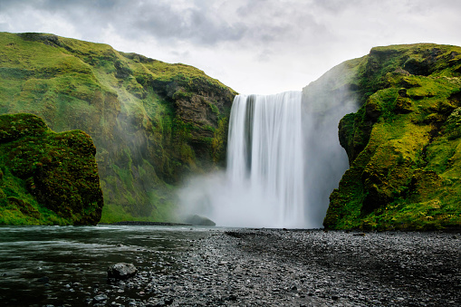 Waterfall「Skogafoss Waterfall, Southern Iceland」:スマホ壁紙(15)