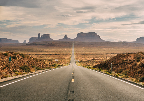 Utah「Monument Valley Scenic Road」:スマホ壁紙(10)