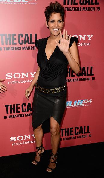 革スカート「Premiere Of Tri Star Pictures' 'The Call' - Arrivals」:写真・画像(7)[壁紙.com]