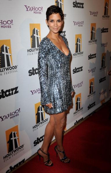 Long Sleeved「14th Annual Hollywood Awards Gala - Red Carpet」:写真・画像(19)[壁紙.com]