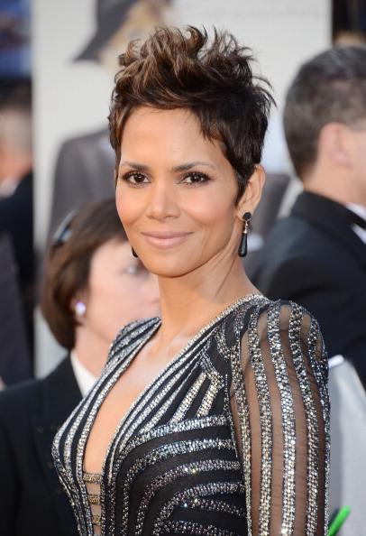 Short Hair「85th Annual Academy Awards - Arrivals」:写真・画像(12)[壁紙.com]