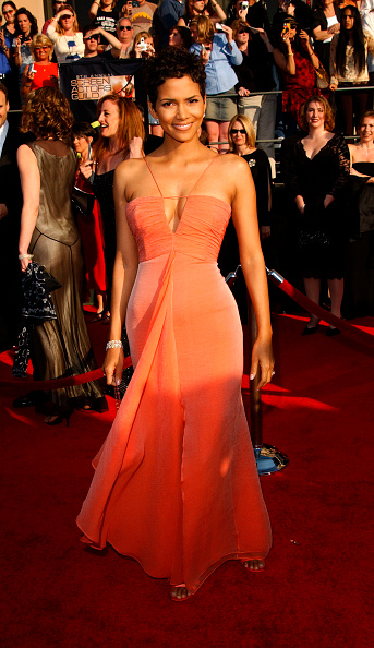 Strapless Dress「9th Annual Screen Actors Guild Awards」:写真・画像(0)[壁紙.com]