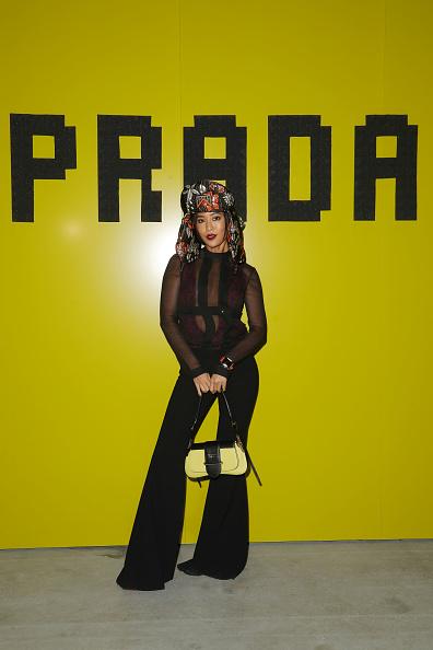 Round Neckline「Prada -Arrivals and Front Row: Milan Fashion Week Fall/Winter 2019/20」:写真・画像(10)[壁紙.com]