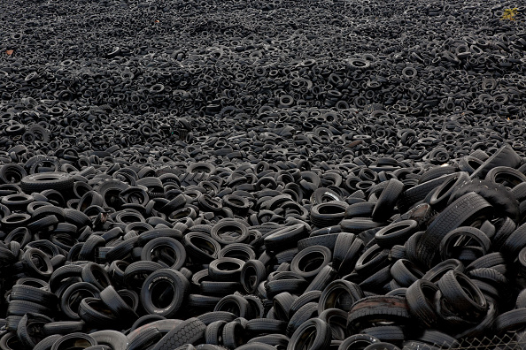 Recycling「Tyre Dump In Spanish Countryside」:写真・画像(10)[壁紙.com]
