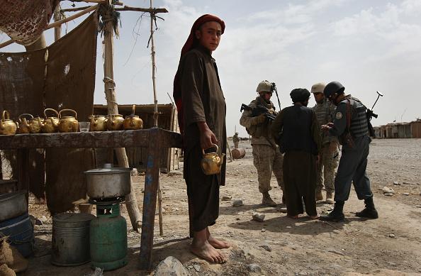 John Moore「U.S. Marines On Operations In Remote Southwest Afghanistan」:写真・画像(10)[壁紙.com]