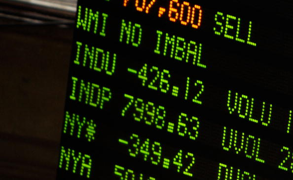 Dow Jones Industrial Average「Dow Jones Average Falls As Fed Lowers Projection Forecast For Next Year」:写真・画像(17)[壁紙.com]
