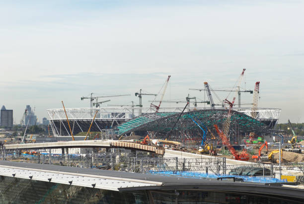 Construction of the Aquatic Centre and Olympic Stadium, Stratford, East London, UK:ニュース(壁紙.com)