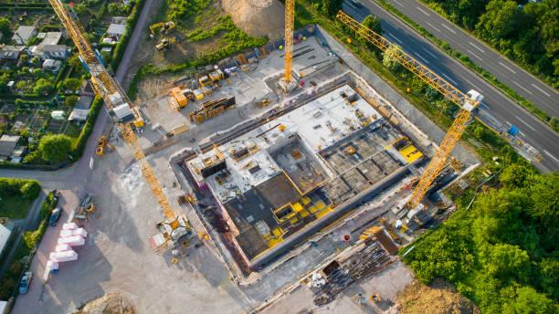Construction site and equipment - aerial view:スマホ壁紙(壁紙.com)