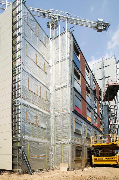 Incomplete「Construction of new modular Pods affordable housing for key workers, Brentford, London, UK」:写真・画像(6)[壁紙.com]