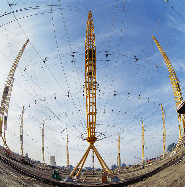 Support「Construction of Millennium Dome roof, Greenwich, London, UK」:写真・画像(3)[壁紙.com]