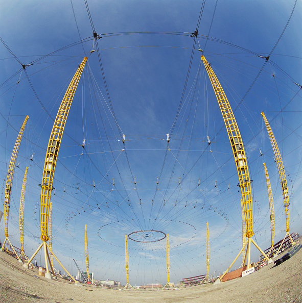 Support「Construction of Millennium Dome roof, Greenwich, London, UK」:写真・画像(10)[壁紙.com]