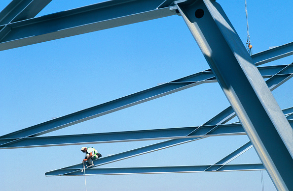 Summer Olympic Games「Construction workers assembling steel modular structure. Steel worker on the graphic shapes of the steel roof frame for the tennis courts at the Athens Olympics site in Greece.」:写真・画像(12)[壁紙.com]