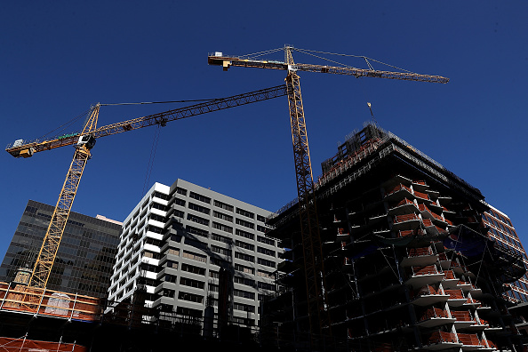 Construction Industry「U.S. Economy Adds Jobs In September, Unemployment Rate Drops To 3.7 Percent」:写真・画像(9)[壁紙.com]