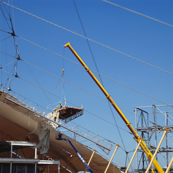 Support「Construction of roof of Millennium Dome, Greenwich, London, UK」:写真・画像(4)[壁紙.com]