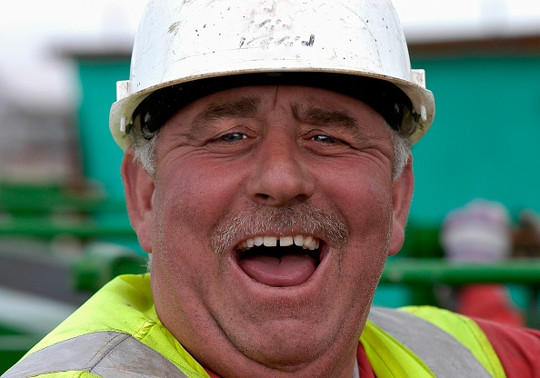 Construction Worker「Construction worker laughing, Terminal 5, Heathrow Airport Construction, London, UK」:写真・画像(7)[壁紙.com]