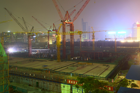 Back Lit「Construction site at night  Beijing  China.」:写真・画像(2)[壁紙.com]