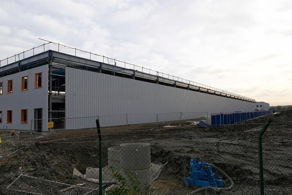Overcast「Construction of new warehouses, Beckton, East London, UK」:写真・画像(8)[壁紙.com]
