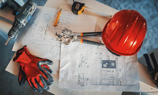 Plaster「Construction worker on a break.」:スマホ壁紙(17)