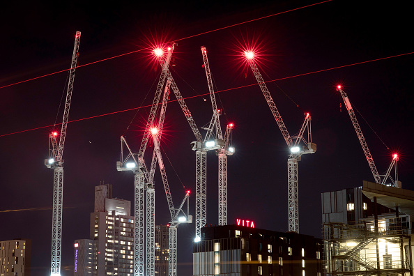Built Structure「Construction Cranes Dominate The Manchester Skyline」:写真・画像(4)[壁紙.com]