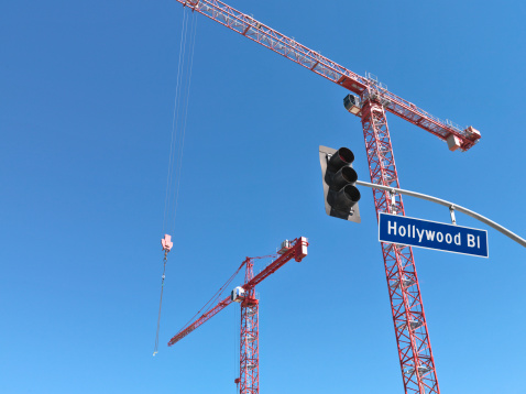 Boulevard「Construction cranes on Hollywood Boulevard」:スマホ壁紙(1)