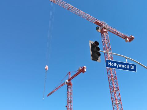 Boulevard「Construction cranes on Hollywood Boulevard」:スマホ壁紙(10)