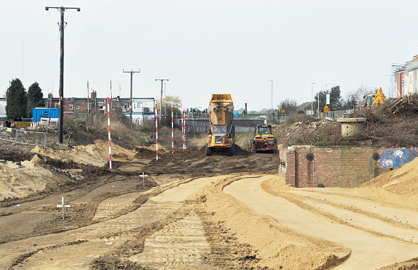 King's Lynn「Construction work at the South Lynn Millennium community development in Kings Lynn, one of seven UK sites set up in conjunction with English Partnerships and Local Government (CLG) which provide innovative homes in an environmentally friendly surrounding」:写真・画像(18)[壁紙.com]