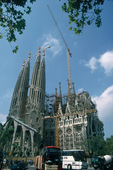 Environmental Conservation「Construction of Sagrada Familia. Barcelona, Catalunya, Spain. Cathedral designed by Antoni Gaudi.」:写真・画像(15)[壁紙.com]
