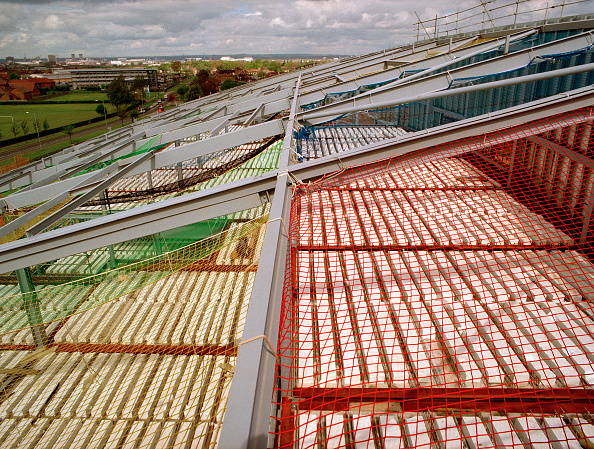 Netting「Construction of Unity City Academy, Middlesbrough, Cleveland. Contactor Gleesons. Architect: Hickton Madeley」:写真・画像(15)[壁紙.com]