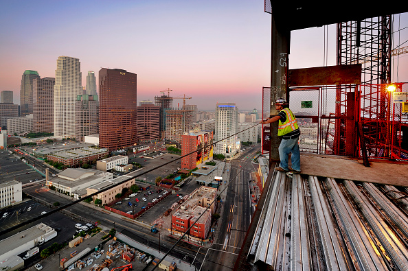 Construction Worker「Construction of LA Live in Downtown Los Angeles, California, USA」:写真・画像(2)[壁紙.com]