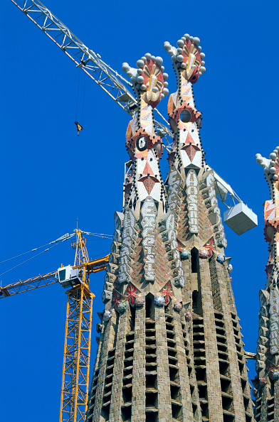 Complexity「Construction of the Sagrada Familia cathedral. Barcelona, Catalunya, Spain. Cathedral designed by Antonio Gaudi.」:写真・画像(13)[壁紙.com]