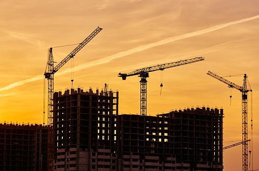 Multiple Exposure「Construction site crane at dusk crane」:スマホ壁紙(2)