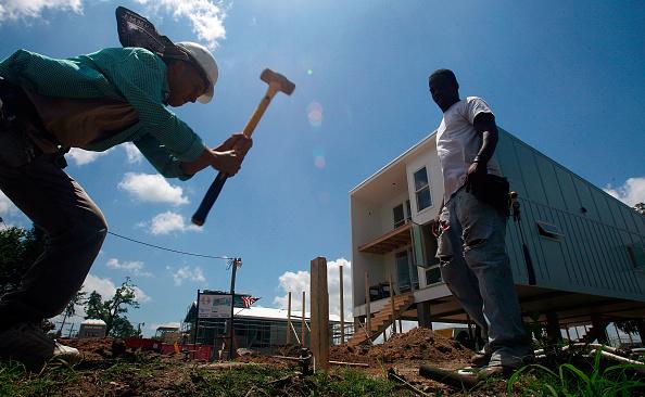 Repairing「Defying Nat'l Trend, NoLa Boasts Low Unemployment And Low Foreclosure Rates」:写真・画像(14)[壁紙.com]