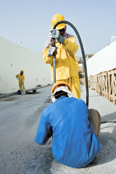 Occupational Safety And Health「Construction at the Festival City at Al Garhoud, Dubai, United Arab Emirates, December 2006.」:写真・画像(17)[壁紙.com]