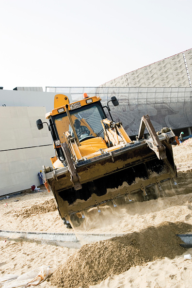 Mid Adult「Construction at the Festival City at Al Garhoud, Dubai, United Arab Emirates, December 2006.」:写真・画像(11)[壁紙.com]