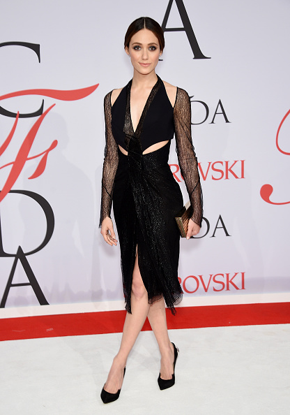 Emmy Rossum「2015 CFDA Fashion Awards - Inside Arrivals」:写真・画像(3)[壁紙.com]